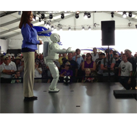 ASIMO entertains AirVenture attendees